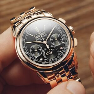Watch Expert Reacts To Incredible $200,000 Patek Philippe Watch | Watchfinder & Co.