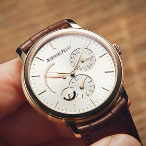 This Audemars Piguet Is An Old-School Bargain | Watchfinder & Co.