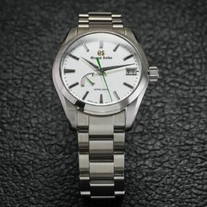 Best Japanese Watches (2021) - Over 15 Watches Mentioned - Grand Seiko, Citizen, Orient, and MORE