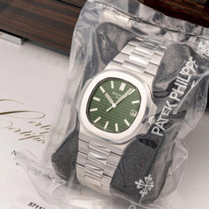 patek philippes green dial nautilus shatters pre sale estimates to sell for 376000
