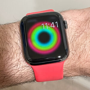 the surprising wellness value of smartwatch fitness notifications