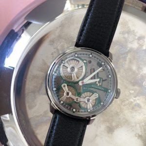 watch review accutron spaceview with electrostatic movement